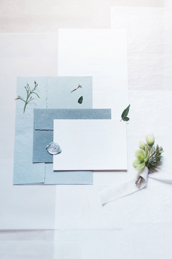 flourish-fragile-elegant-organic-romatic-dusty-blue-european-wedding-inspiration-shoot03